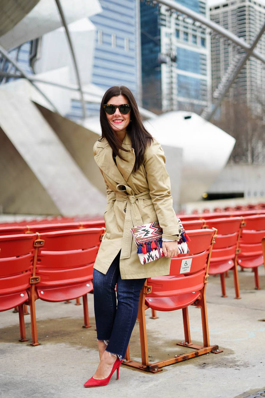 How to wear a trench coat for Fall