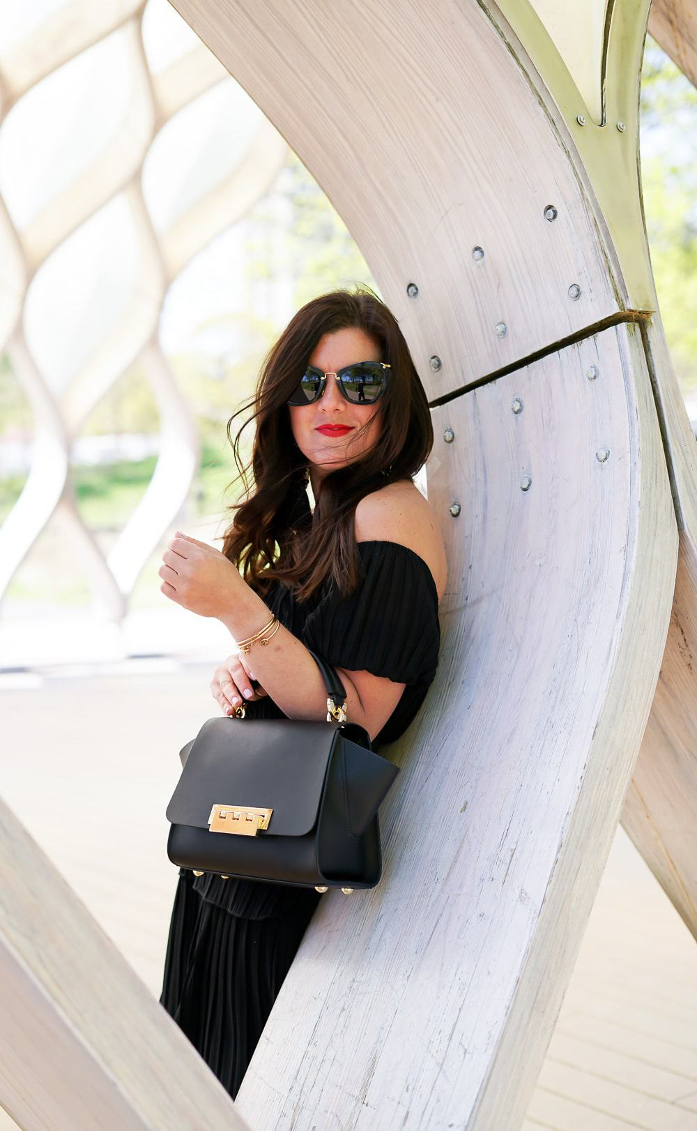 5 things to do this weekend in chicago, a lily love affair, chicago blogger, shein black chiffon dress, zac posen bag, miu miu sunglasses, lincoln park zoo