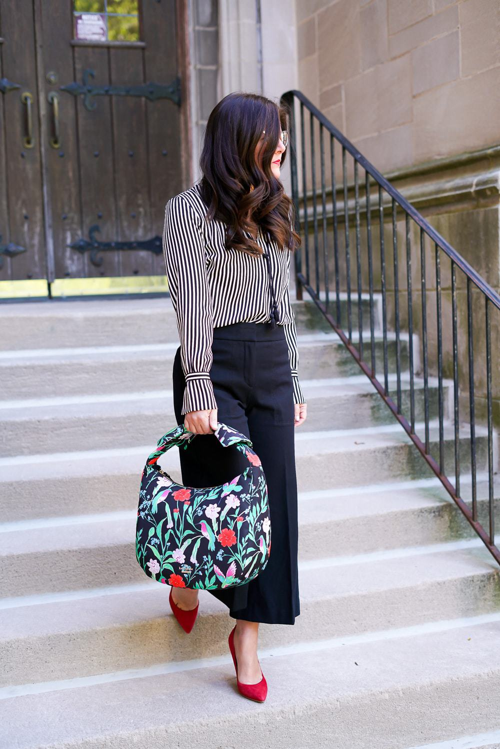 5 Ways to Add Color & Personality to Your Office Wardrobe, A Lily Love Affair, Chicago Blogger, Kate Spade haring lane corinne tote, Ann Taylor wide leg trousers, office style