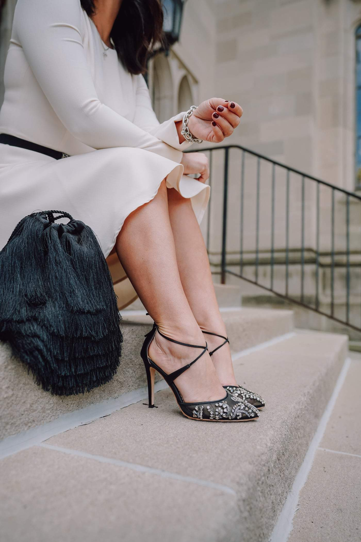 Gal Meets Glam Celeste Dress, A Lily Love Affair, Chicago Blogger, Bella Belle Shoes, Wedding Guest Style