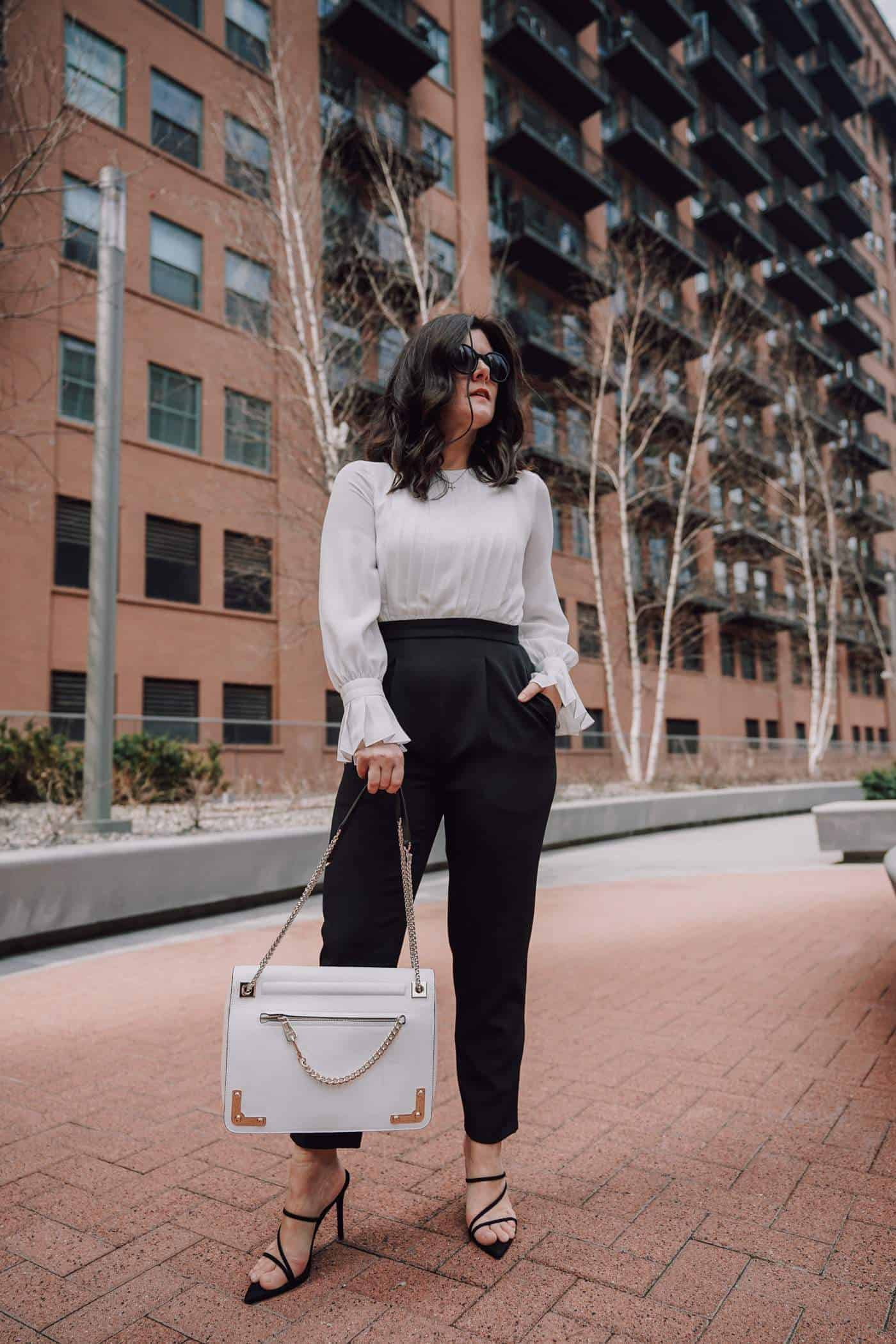 Anna Baun of A Lily Love Affair styling 25 chic jumpsuits for work. Plus, great styling tips for turning your jumpsuit for a killer look in the boardroom to happy hour ready. This Maggy London long sleeve jumpsuit is the perfect addition to your closet. #springstyle #officestyle #maggylondon