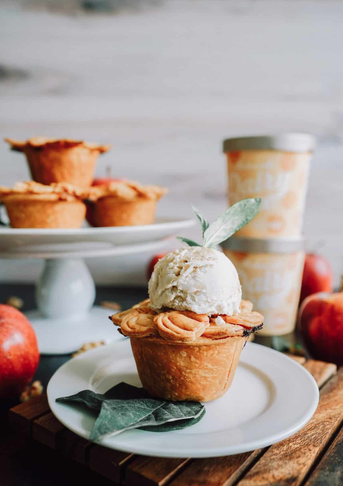 The BEST Mini Vegan Apple Pie Recipe
