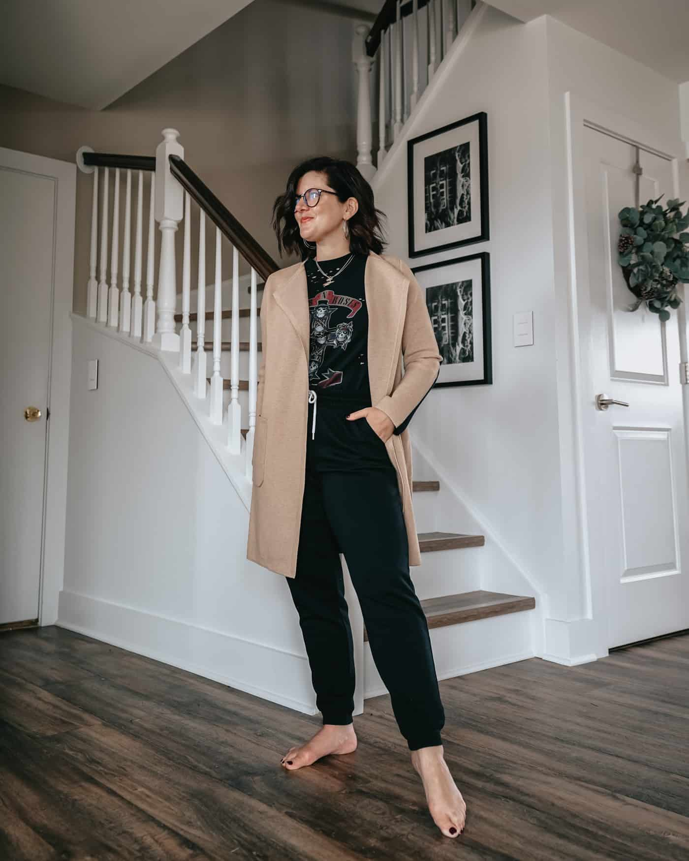 Who has been living in their cute comfy lounge clothes around the clock these days?  Both hands raised here, y'all. Today, we're excited to share with you 6 really great looks on how to wear your cute comfy lounge clothes out of the house.  Which one's your favorite?