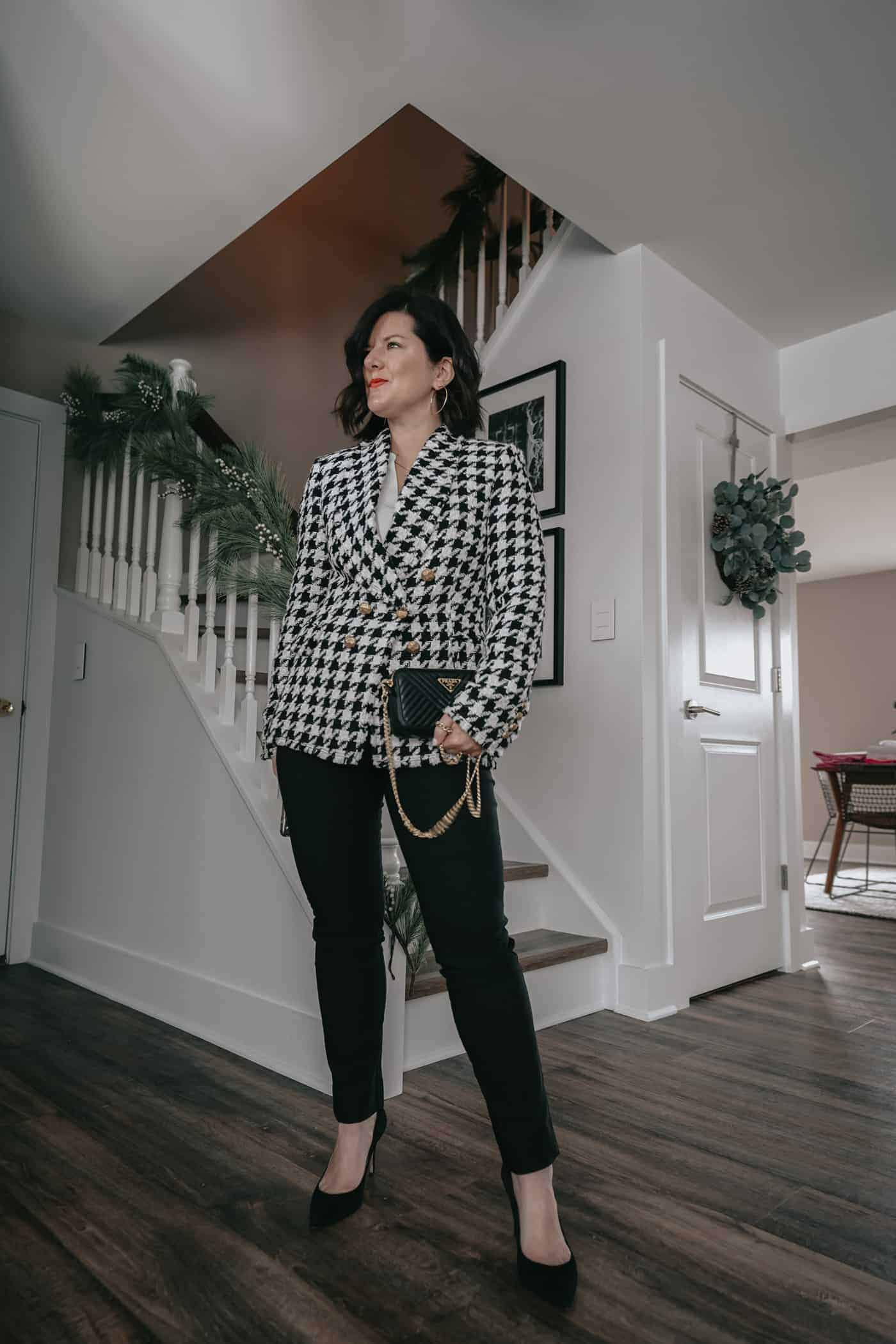 A Lily Love Affair showing you 5 ways to wear womens black pants. Wearing black blazer, prada handbag, black and white blazer, work outfit, petite black pants, fall outfit ideas, what to wear to work, black pants to work, what to wear to work