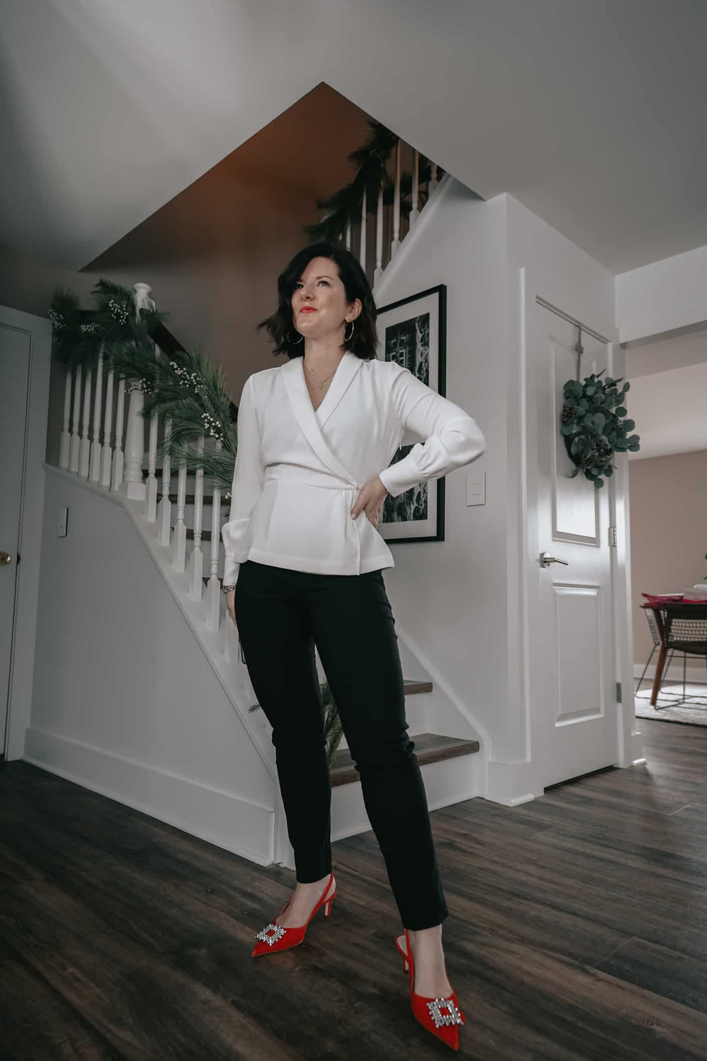 A Lily Love Affair showing you 5 ways to wear womens black pants. Wearing black blazer, prada handbag, white blouse, red heels, work outfit, petite black pants, fall outfit ideas, what to wear to work, black pants to work, what to wear to work