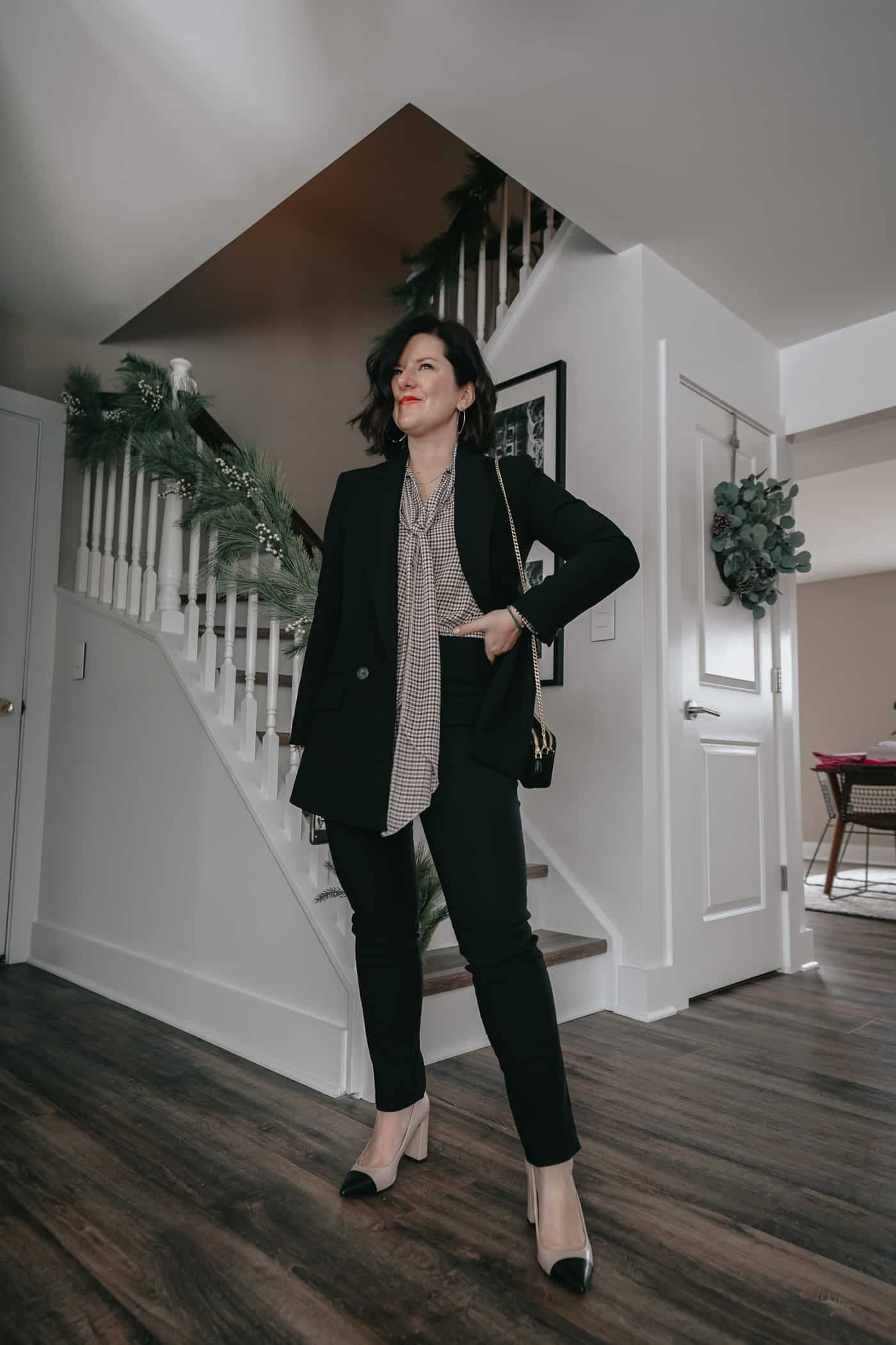 A Lily Love Affair showing you 5 ways to wear womens black pants outfit. Wearing black blazer, prada handbag, black and white blazer, work outfit, petite black pants, fall outfit ideas, what to wear to work, black pants to work, what to wear to work
