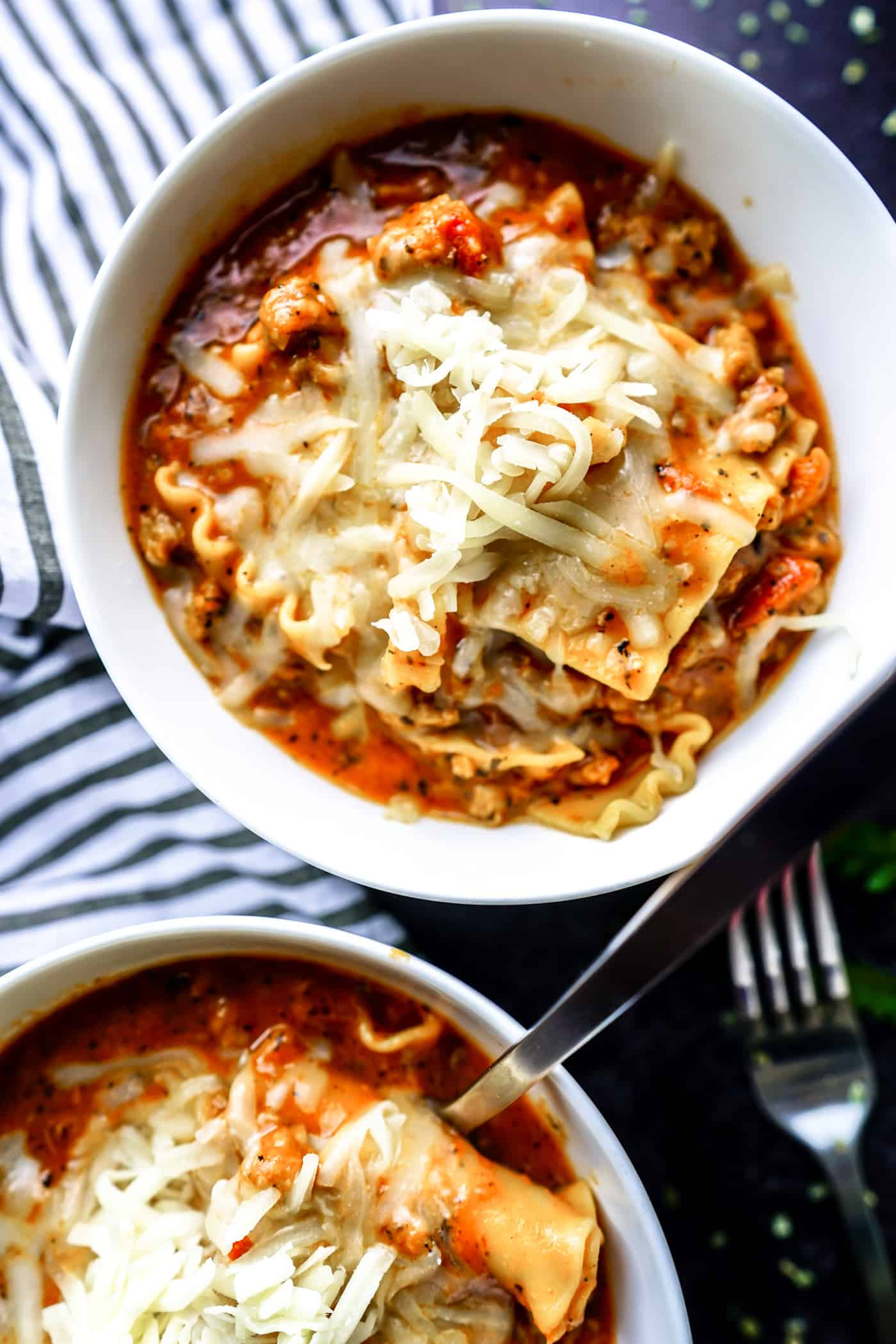 A Lily Love Affair shares an easy dinner recipe for Instant Pot Laszy Lasagna