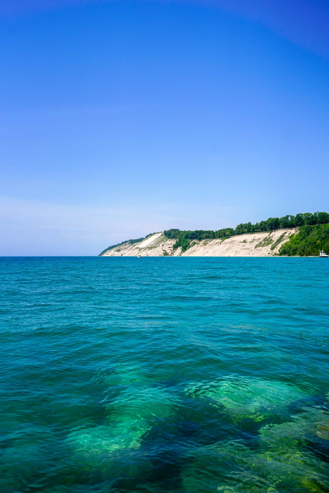 A Lily Love Affair shares Frankfort Beach and Frankfort Michigan travel guide