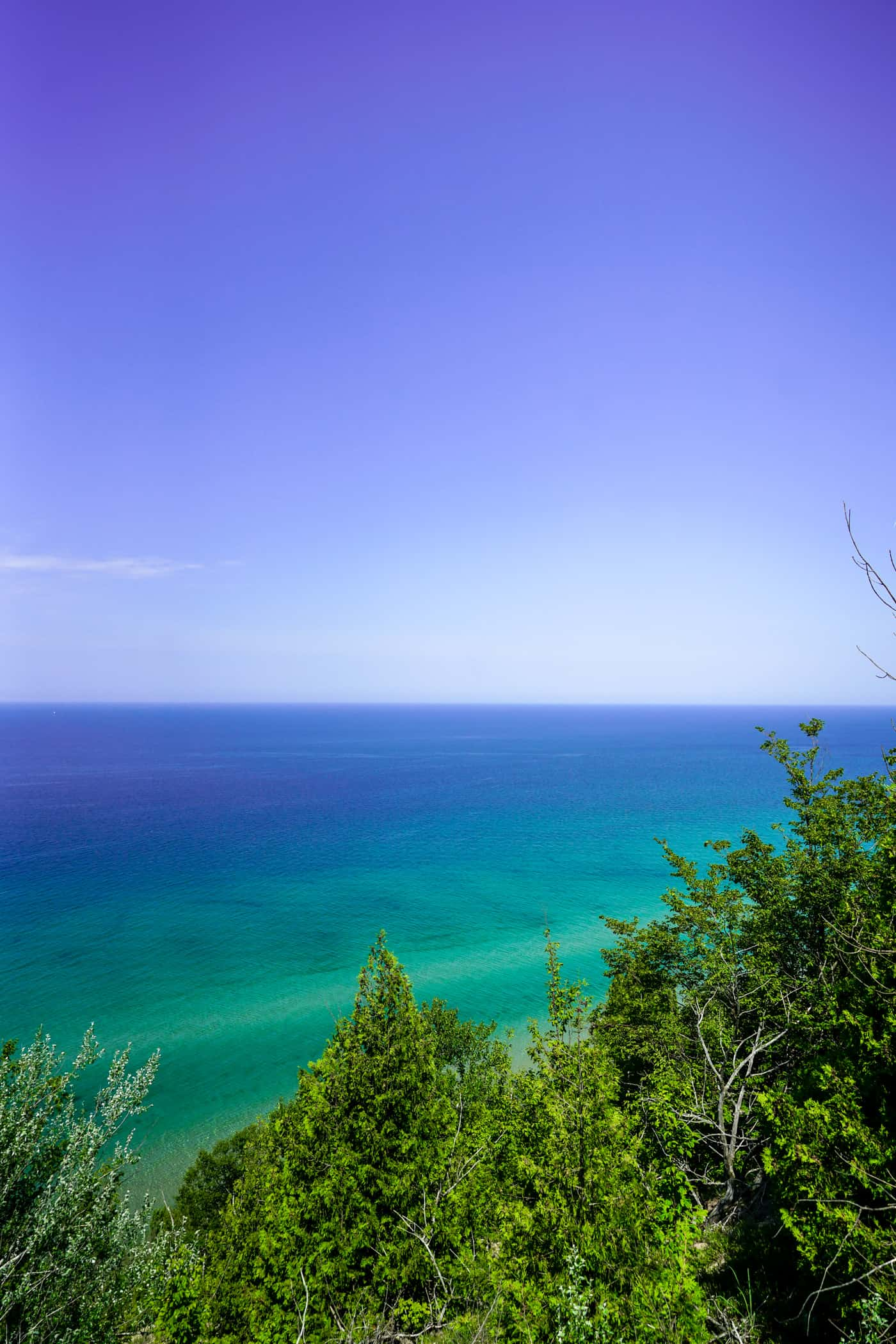 A Lily Love Affair shares Acadia Scenic Turnout and Frankfort Michigan travel guide