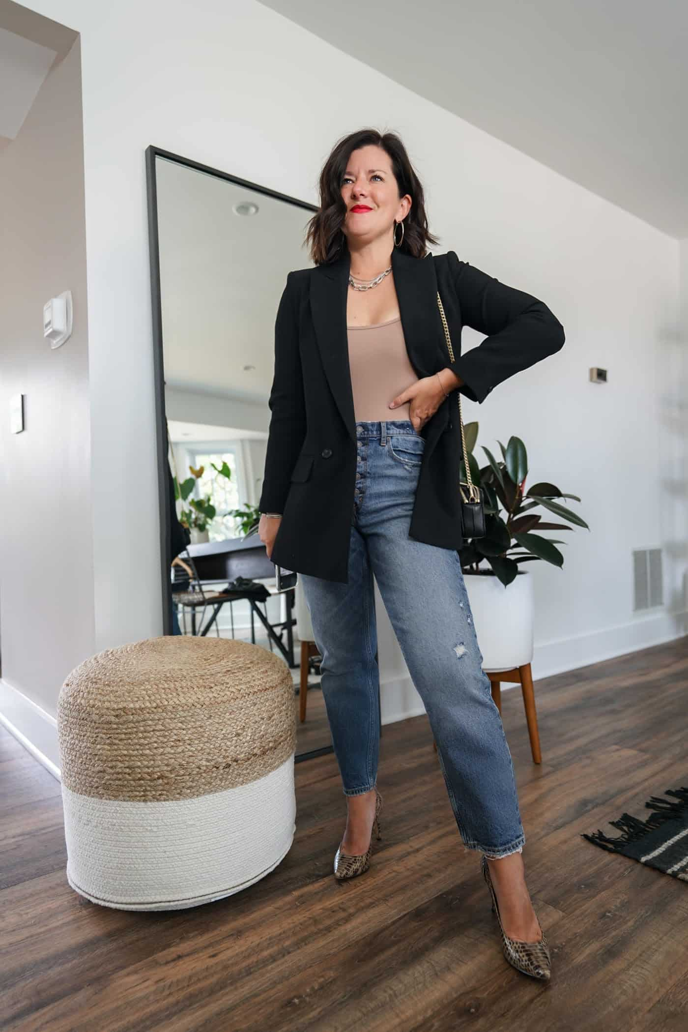 Womens black blazer and Abercrombie mom jeans