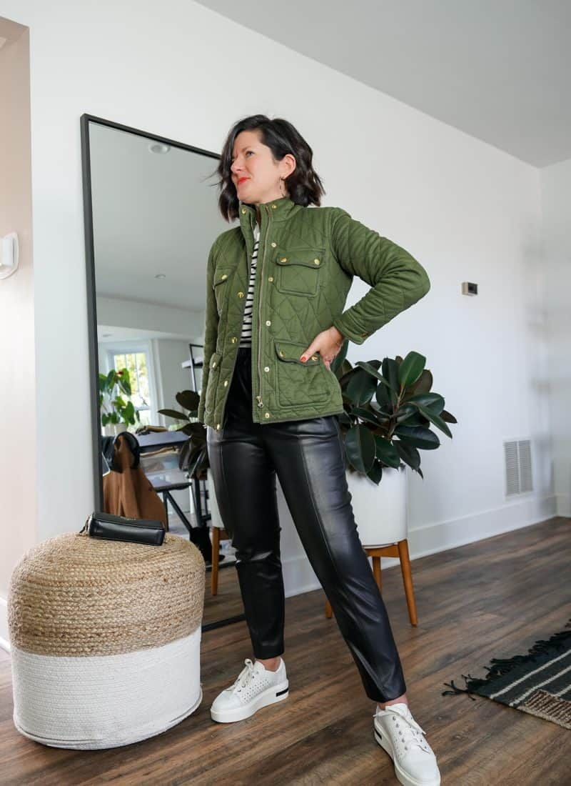 8 Effortless Womens Faux Leather Pants Outfits To Try This Season