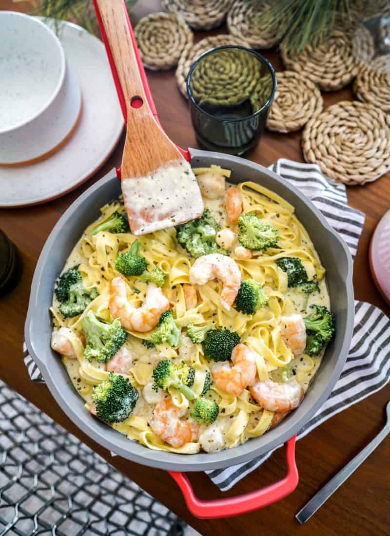 Basil Pesto Alfredo With Shrimp & Broccoli