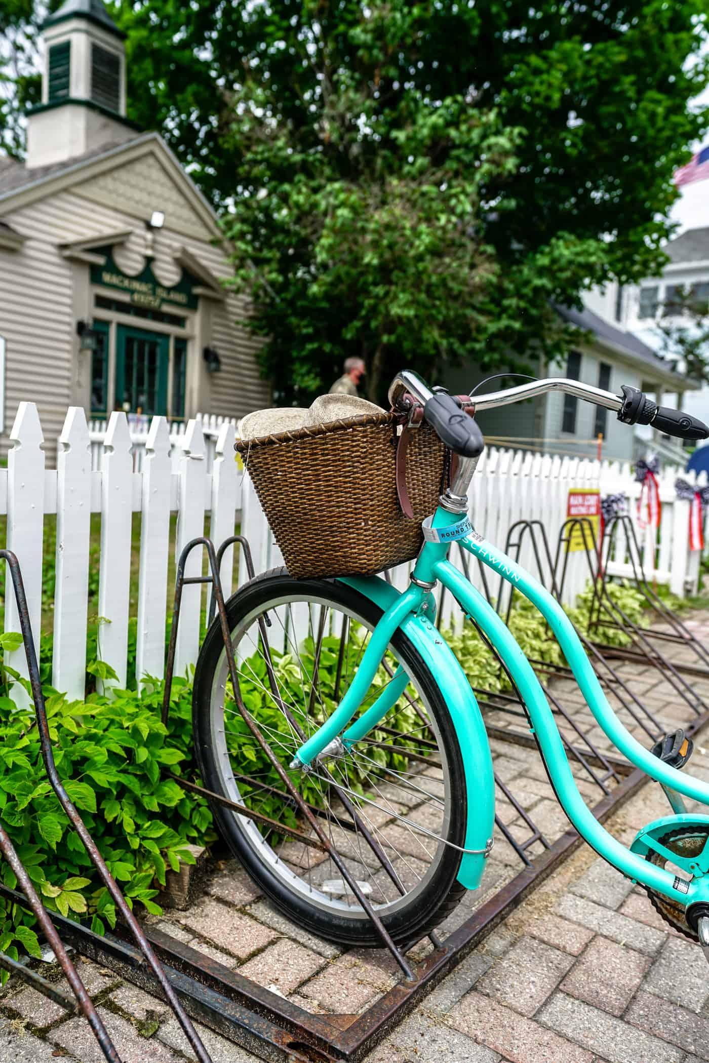 Beach cruiser bike with a basket on Mackinac Island